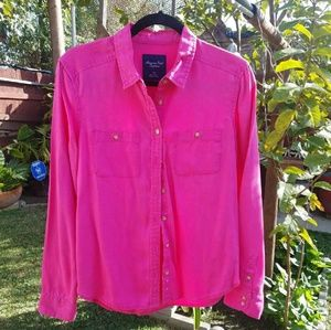 American Eagle Pink Button down